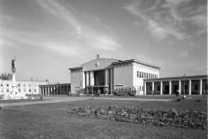 Székesfehérvári vasútállomás / Forrás: Fortepan