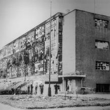 A Bauhaus épülete a II. világháborút követően / Repró: Vékony Zsolt