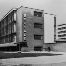 A Bauhaus épülete az 1980-as években, az első komolyabb felújítást követően / Repró: Vékony Zsolt